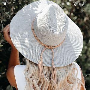 Vici grey hat
